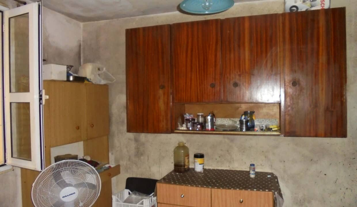 House for sale in Helmata_kitchen