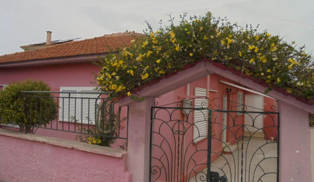 House for sale in Lakithra