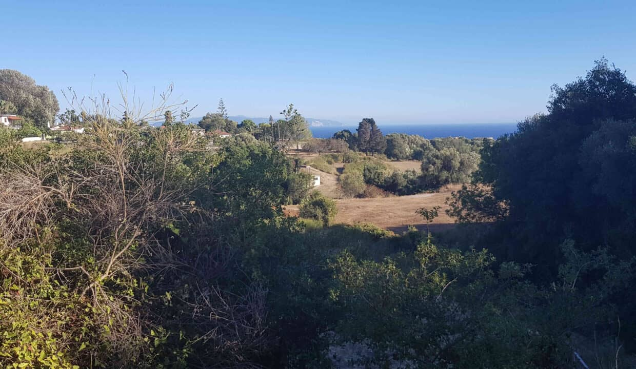 Plot for sale in Kourkoumelata_1