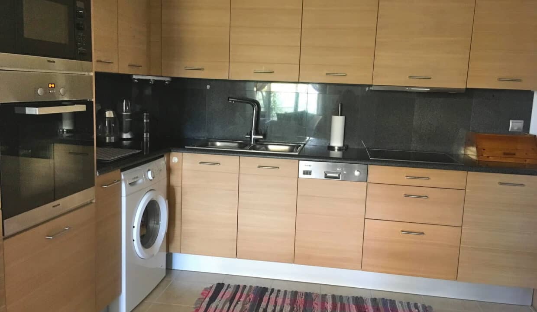 Drapanos kitchen
