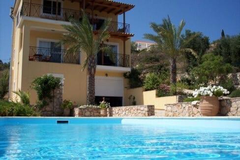 Villa for sale in HELMATA