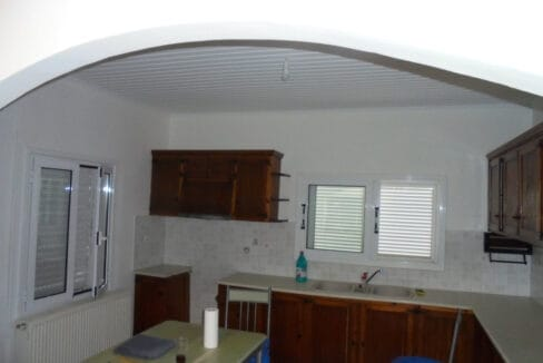 House in Lakithra kitchen