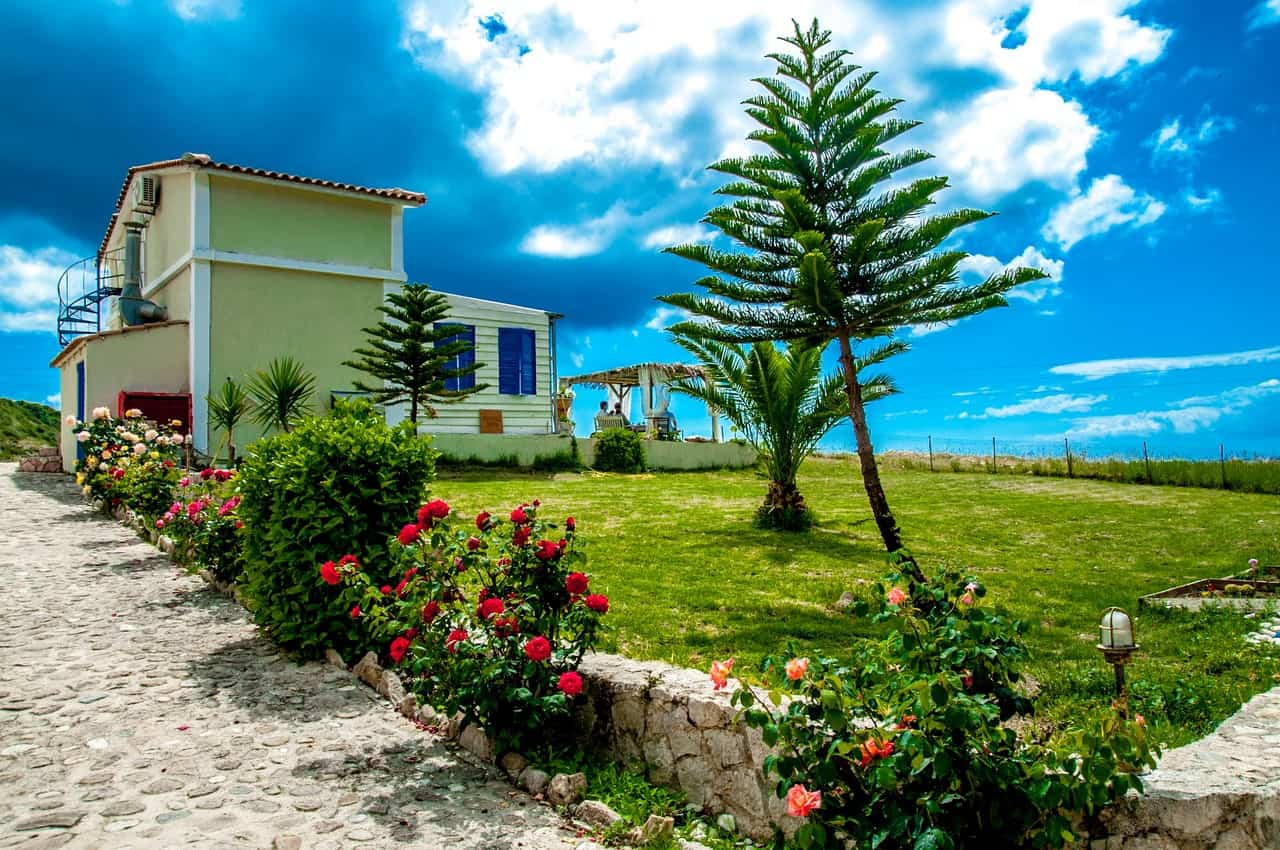 Studios and apartments for sale in South-East Kefalonia
